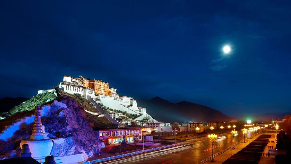 St.-Regis-Lhasa-1