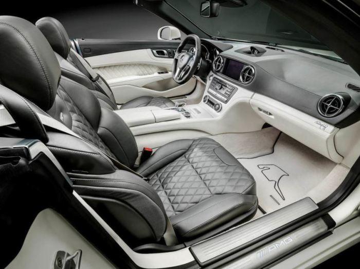 Mercedes-Benz-SL63-AMG-World-Championship-2014-Collectors-Edition-3-e1417454134209