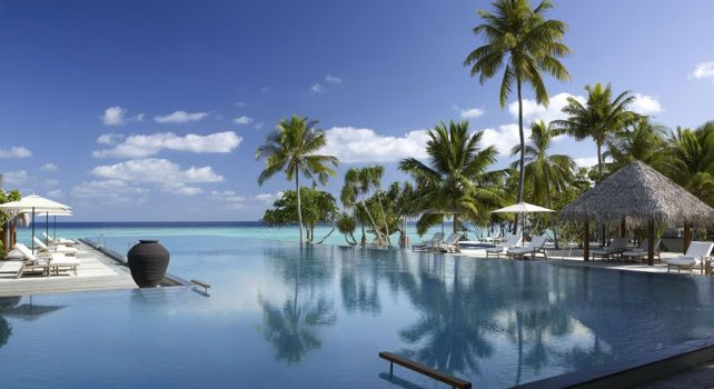 Four Seasons Resort Maldives Landaa Giraavaru : Un paradis tropical