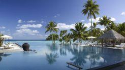 Four-Seasons-Resort-Maldives_at-Landaa-Giraavaru (2)