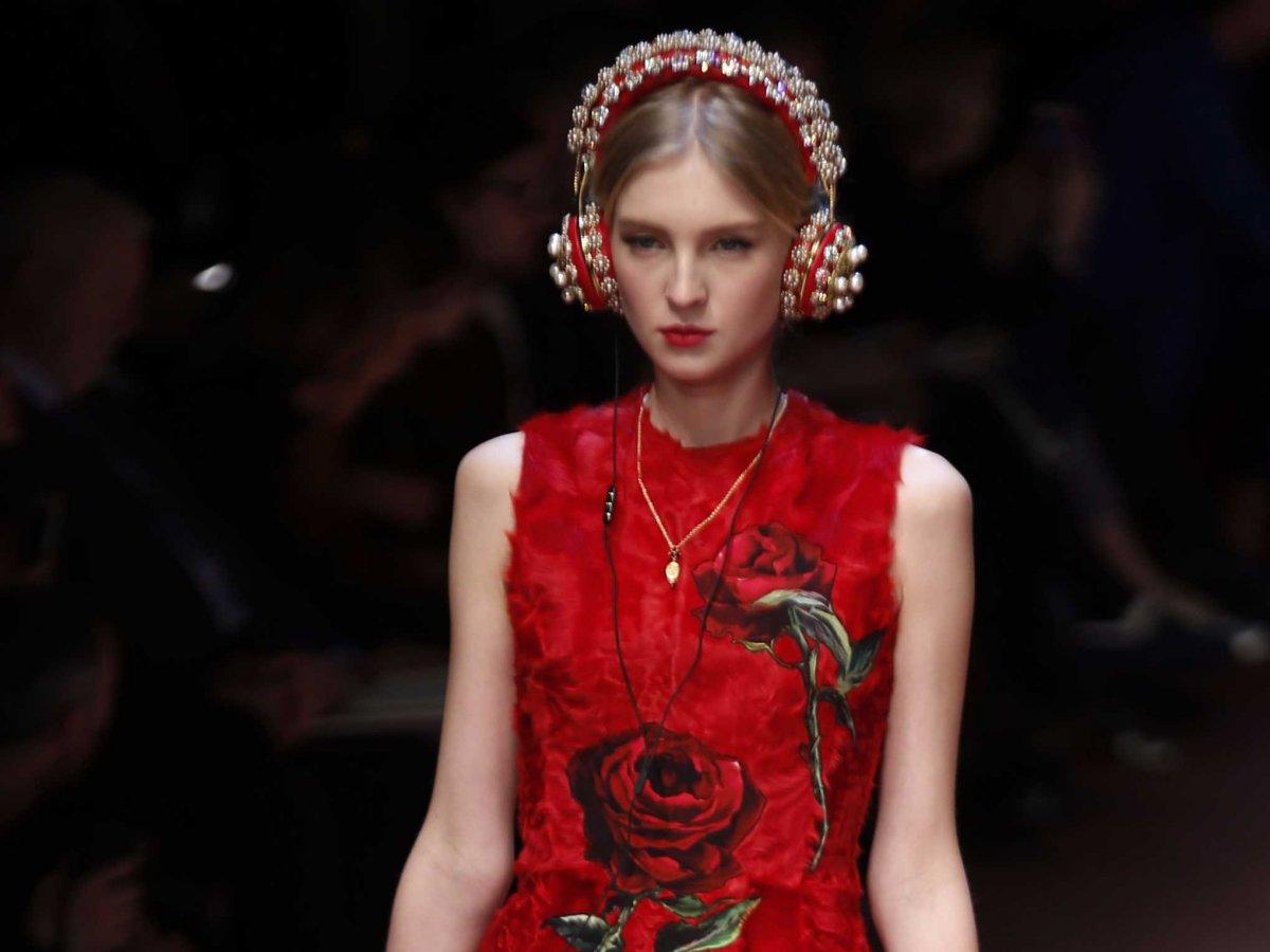 78509f353663 Dolce   Gabbana   Les casques audio enfin disponibles