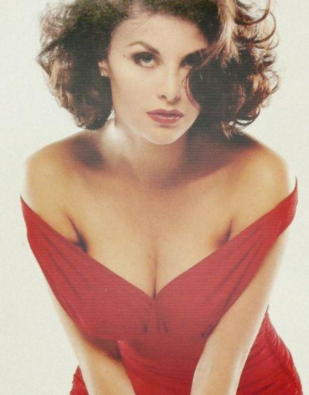 red dress audrey horne