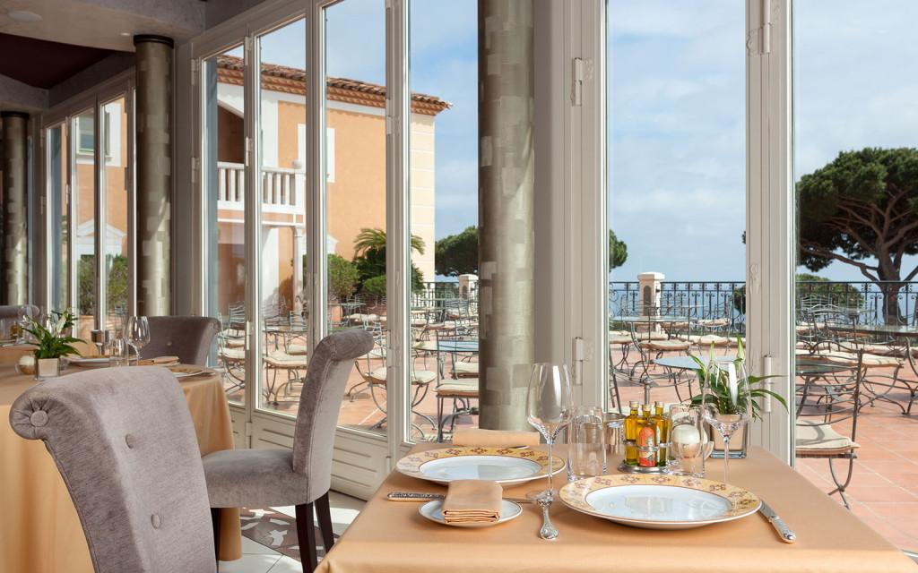 Messardiere - Les Trois Saisons dining room