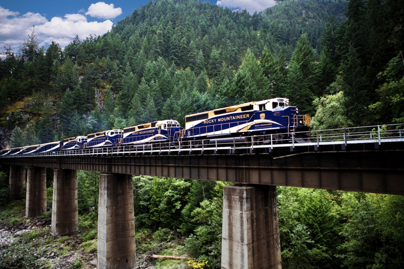 rocky mountaineer2