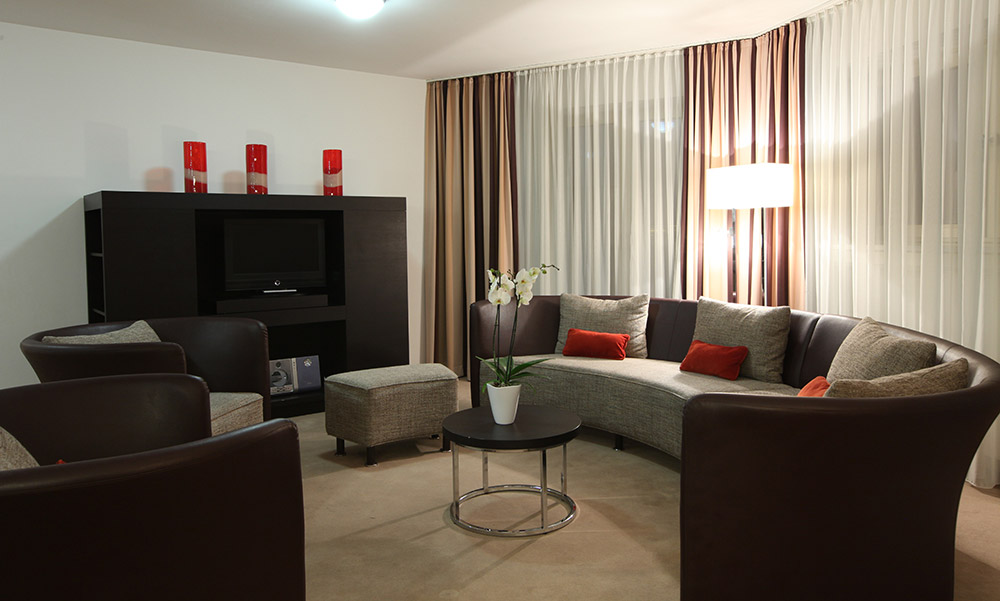 Art Deco Suite at the Lindner
