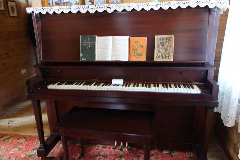 Cash 4 - Original piano that belonged to Johnny's mother is on display in his boyhood home