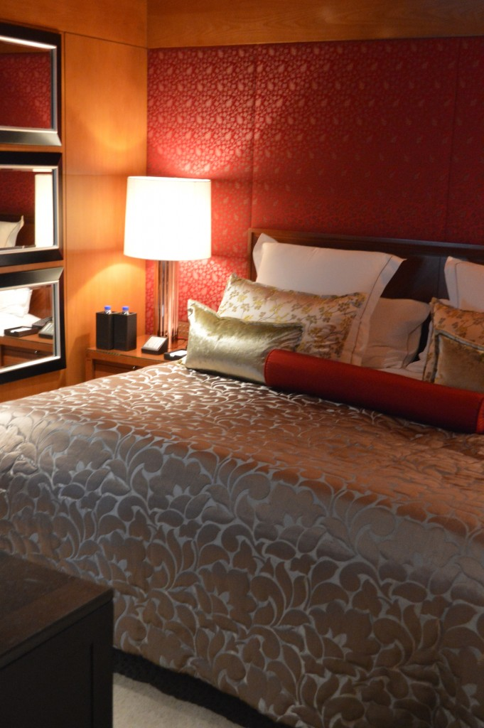 Comfortable beds with goose down bedding