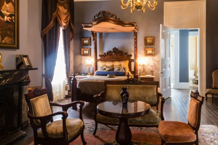 Nottoway master bedroom