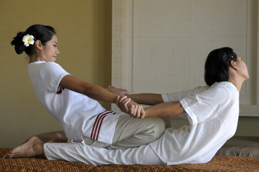 65027715-H1-Traditional_Thai_massage