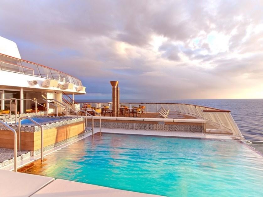 The ship's infinity pool