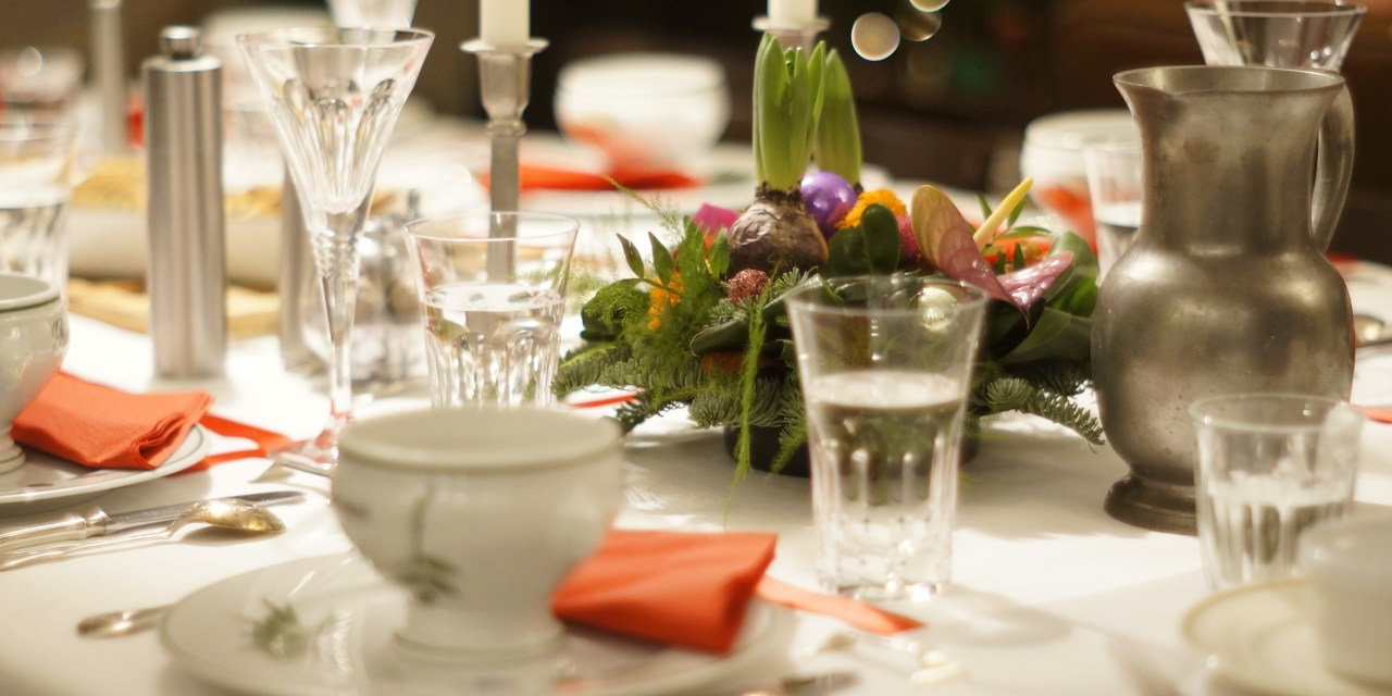 Do's and Don'ts of Thanksgiving Etiquette