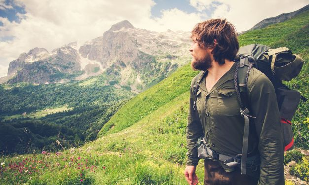 6 Cool Gifts for the Outdoorsy Guy