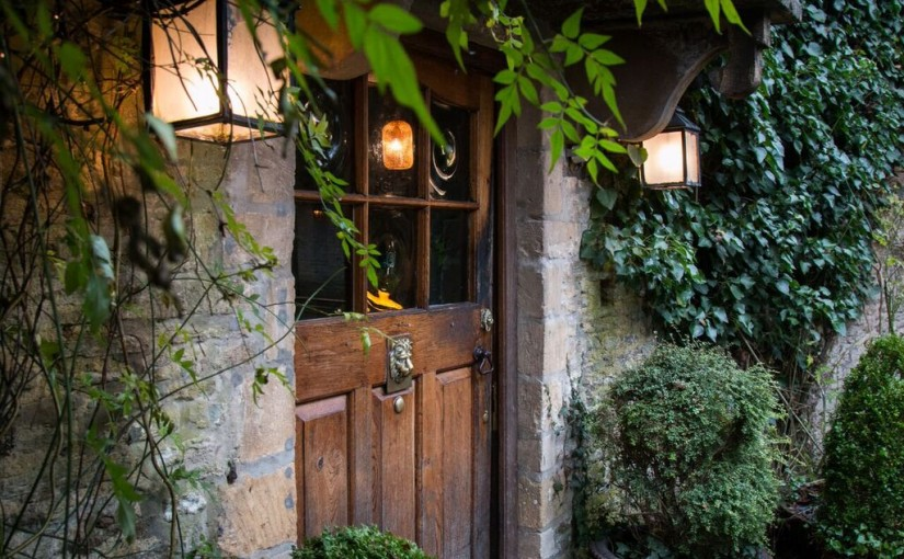 The Wheatsheaf Inn Christmas Cotswolds