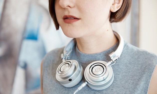 Luxurious Sound Quality Master & Dynamic Headphones