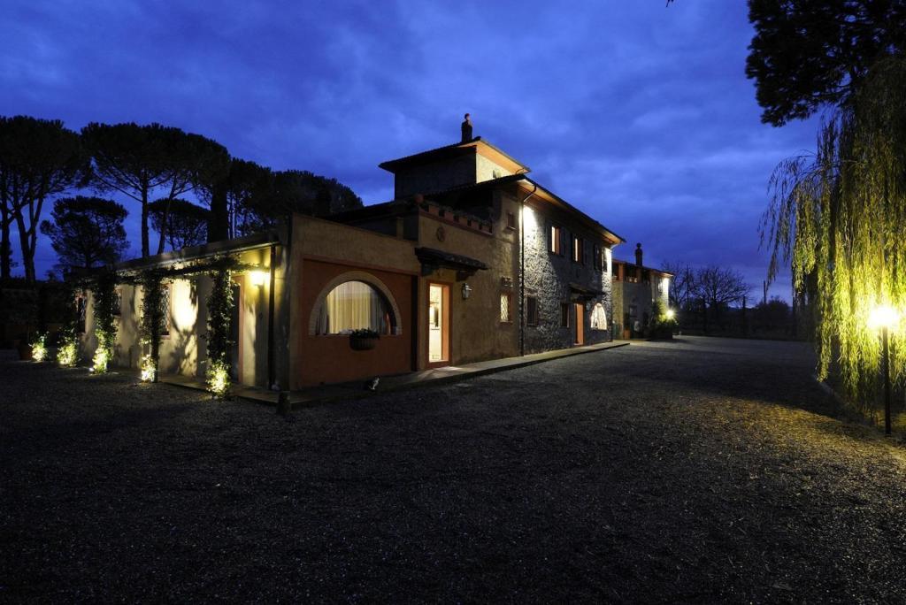 andrea bocelli villa tuscany
