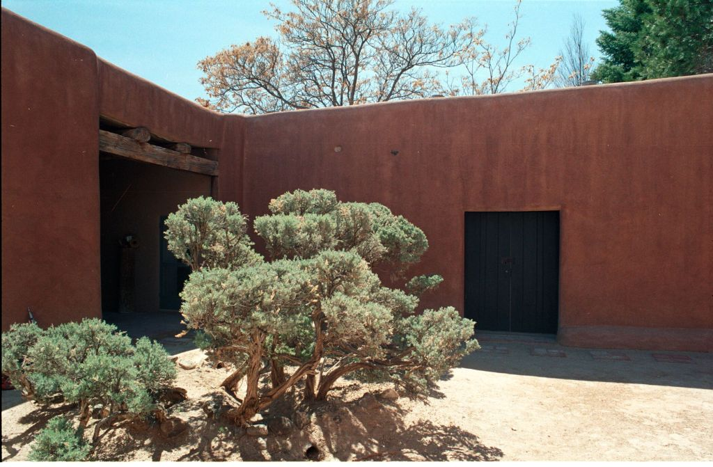 Abiquiu house