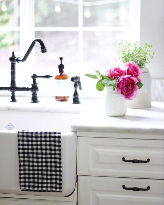 Shaws Butler 600 fireclay butler sink. Distributed in Australia by Luxe by Design, Brisbane.
