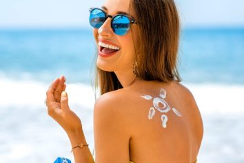 What to do to avoid sunburn and how to remove burns 3