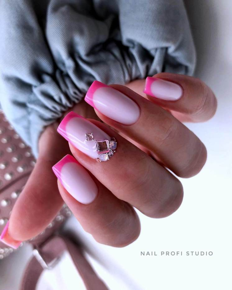 Pink nail designs the best trends of summer