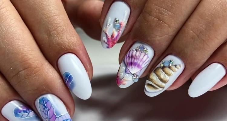 Stylish nail trend summer white manicure designs