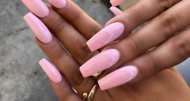 Delicate solid color design