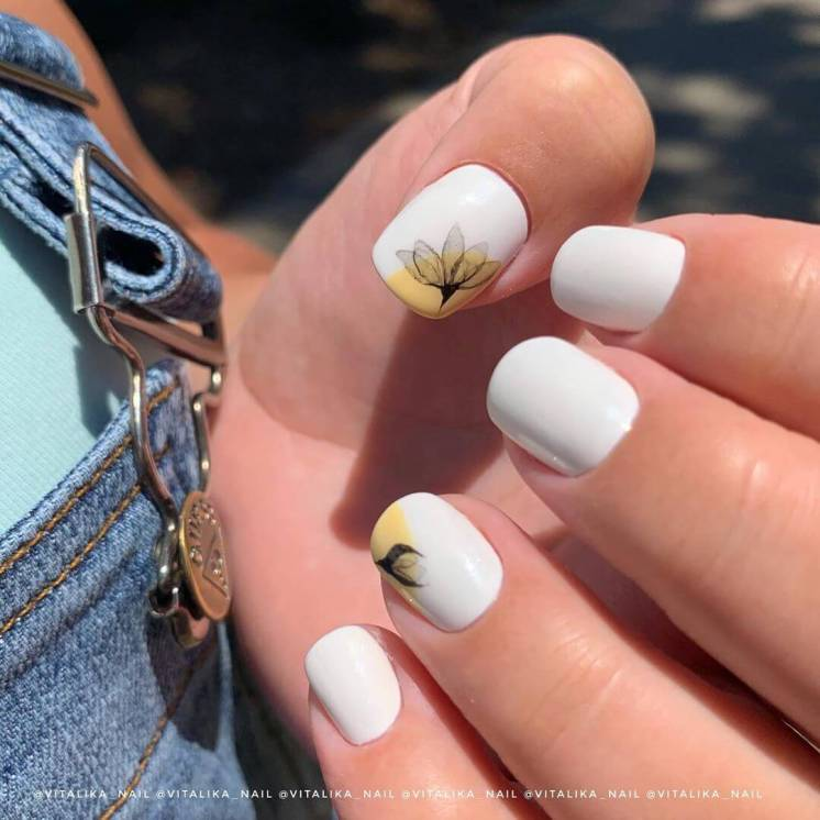 With drawings Summer Nail Designs