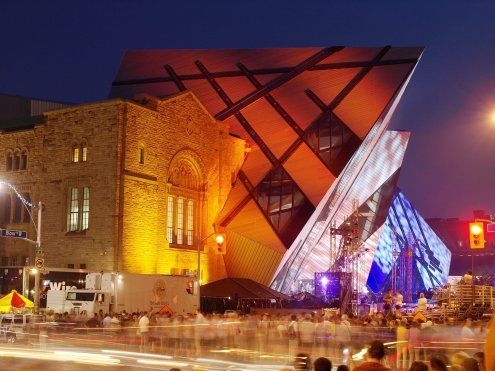 LuxeGetaways - Luxury Travel - Luxury Travel Magazine - Luxe Getaways - Luxury Lifestyle - Digital Travel Magazine - Travel Magazine - 10 Reasons To Visit Toronto Canada - Royal Ontario Museum