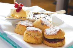 LuxeGetaways | Courtesy Ellenborough Park - Scones