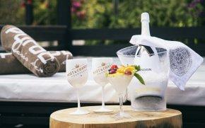 LuxeGetaways | Courtesy Hilton Diagonal Mar Barcelona - Drinks