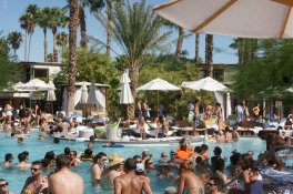 LuxeGetaways | Photography Courtesy Palm Springs Tourism - Pool