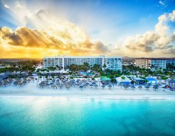 LuxeGetaways | Courtesy Aruba Marriott Resort & Stellaris Casino - Beach