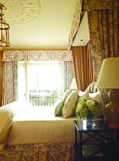 LuxeGetaways | Courtesy The Hay-Adams Hotel - Room