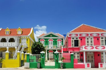 LuxeGetaways | Courtesy Curacao Tourism | Architecture Pietermaai