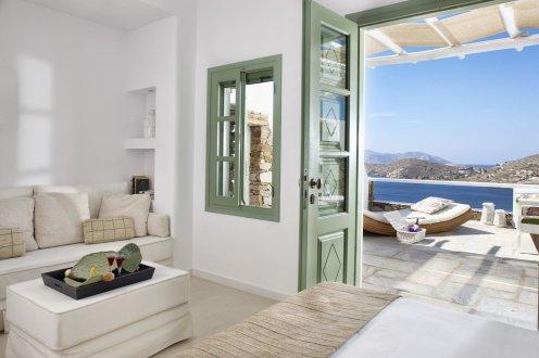 LuxeGetaways | Liostasi Hotel | PC Christos Drazos - Room