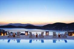 LuxeGetaways | Liostasi Hotel | PC Christos Drazos - Pool