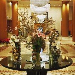 LuxeGetaways - Luxury Travel - Luxury Travel Magazine - Luxe Getaways - Luxury Lifestyle - Marriott Rewards - MRpoints - Damon Banks - JW Marriott DC - Travel Influencer - Lobby