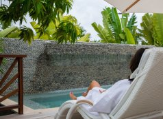 LuxeGetaways - Luxury Travel - Luxury Travel Magazine - Luxe Getaways - Luxury Lifestyle - XOJET - Zemi Beach House - lounge