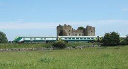 LuxeGetaways - Luxury Travel - Luxury Travel Magazine - Luxe Getaways - Luxury Lifestyle - Ireland Train Travel - Rail Ireland
