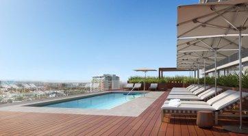 LuxeGetaways - Luxury Travel - Luxury Travel Magazine - New Hotels - James Hotel Lobby
