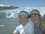 alaska-girls-glacier