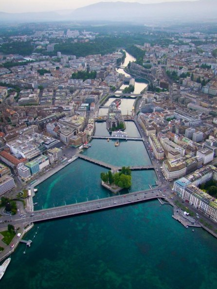 LuxeGetaways - Luxury Travel - Luxury Travel Magazine - Geneva City Guide - Geneva Switzerland - Swiss Tourism - City Bridges
