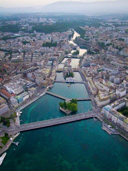 LuxeGetaways - Luxury Travel - Luxury Travel Magazine - Geneva City Guide - Geneva Switzerland - Swiss Tourism - City Bridges