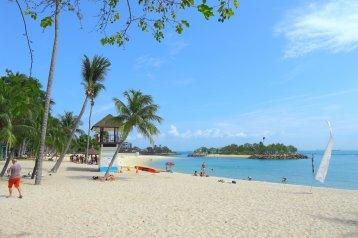 siloso-beach-sentosa-island