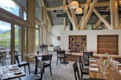 LuxeGetaways_Chedi-Andermatt_Switzerland_Slimming-Wellness-Retreat_Club-House-Restaurant_Dining