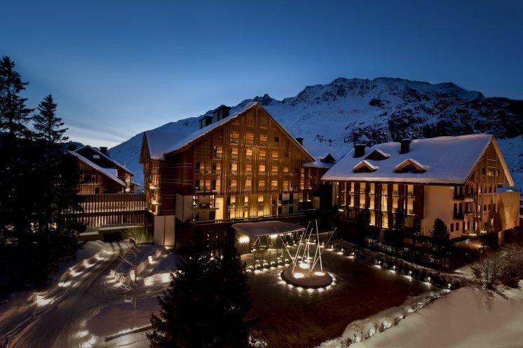 LuxeGetaways_Chedi-Andermatt_Switzerland_Slimming-Wellness-Retreat_Exterior-Photo_Luxury-Hotel