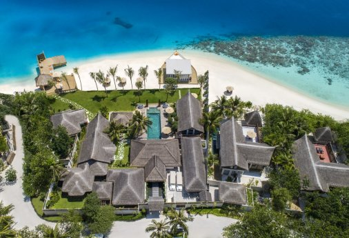 LuxeGetaways_Jumeirah-Vittaveli_Royal-Residence_aerial-view