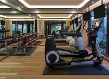 LuxeGetaways_Jumeirah-Vittaveli_Royal-Residence_Gym
