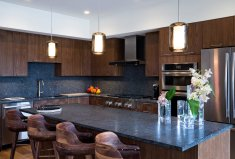 LuxeGetaways_The-Lion_Vail-Valley_Model-Kitchen