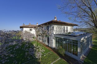LuxeGetaways - Luxury Travel - Luxury Travel Magazine - Luxury Rental Villa - Luxury Villas - Villa Amagioia Exterior