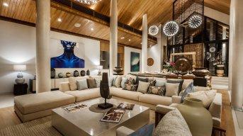 LuxeGetaways_Villa-Amarapura-Phuket_Luxury-Villa-Rentals_luxe-villa-living-room_Thailand